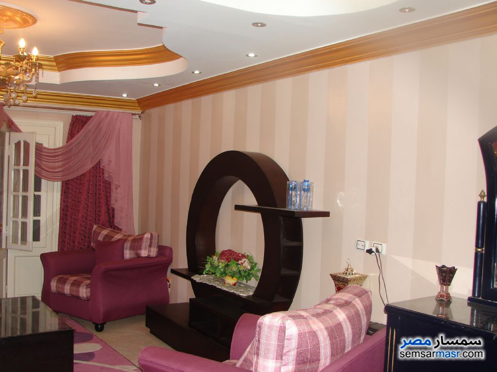Photo 1 - Apartment 3 bedrooms 2 baths 175 sqm extra super lux For Sale Faisal Giza