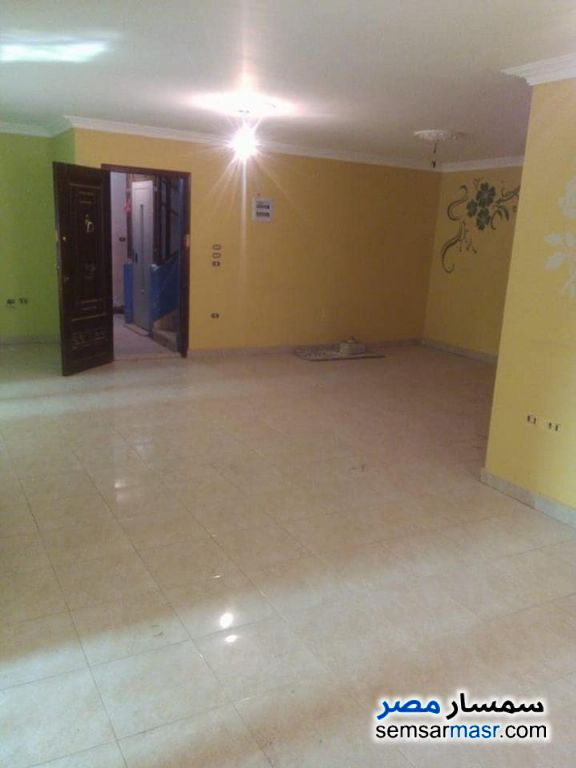 Photo 1 - Apartment 3 bedrooms 2 baths 180 sqm extra super lux For Rent New Nozha Cairo