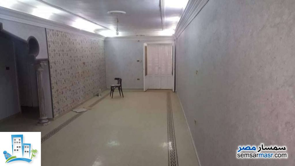 Ad Photo: Apartment 3 bedrooms 1 bath 164 sqm in Zagazig  Sharqia