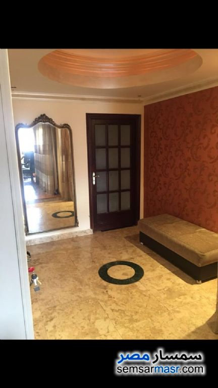 Photo 16 - Apartment 2 bedrooms 1 bath 170 sqm extra super lux For Rent Zamalek Cairo