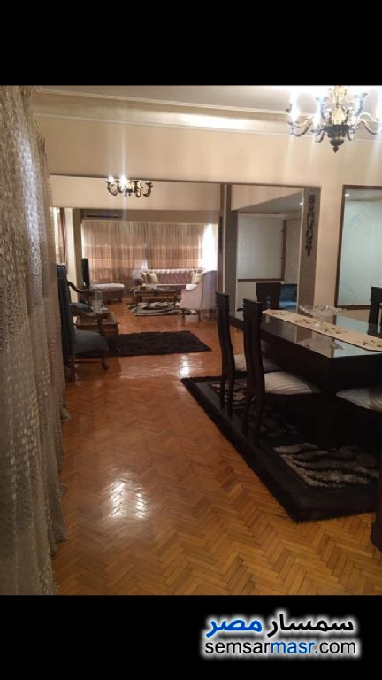 Photo 7 - Apartment 2 bedrooms 1 bath 170 sqm extra super lux For Rent Zamalek Cairo