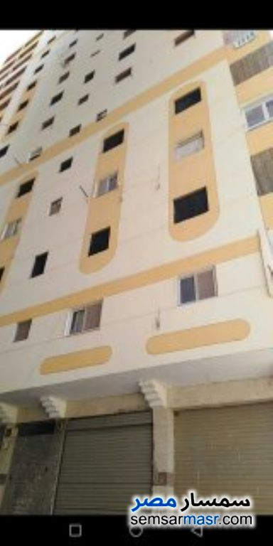 Ad Photo: Apartment 3 bedrooms 2 baths 170 sqm without finish in Hadayek Helwan  Cairo