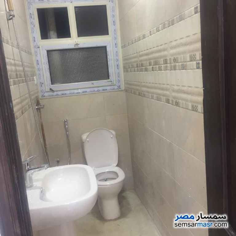 Photo 5 - Apartment 3 bedrooms 2 baths 175 sqm extra super lux For Sale Faisal Giza