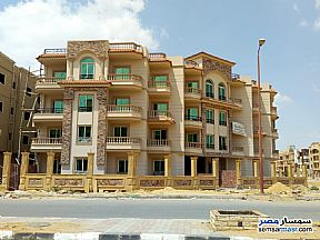 Ad Photo: Apartment 3 bedrooms 3 baths 177 sqm semi finished in Shorouk City  Cairo