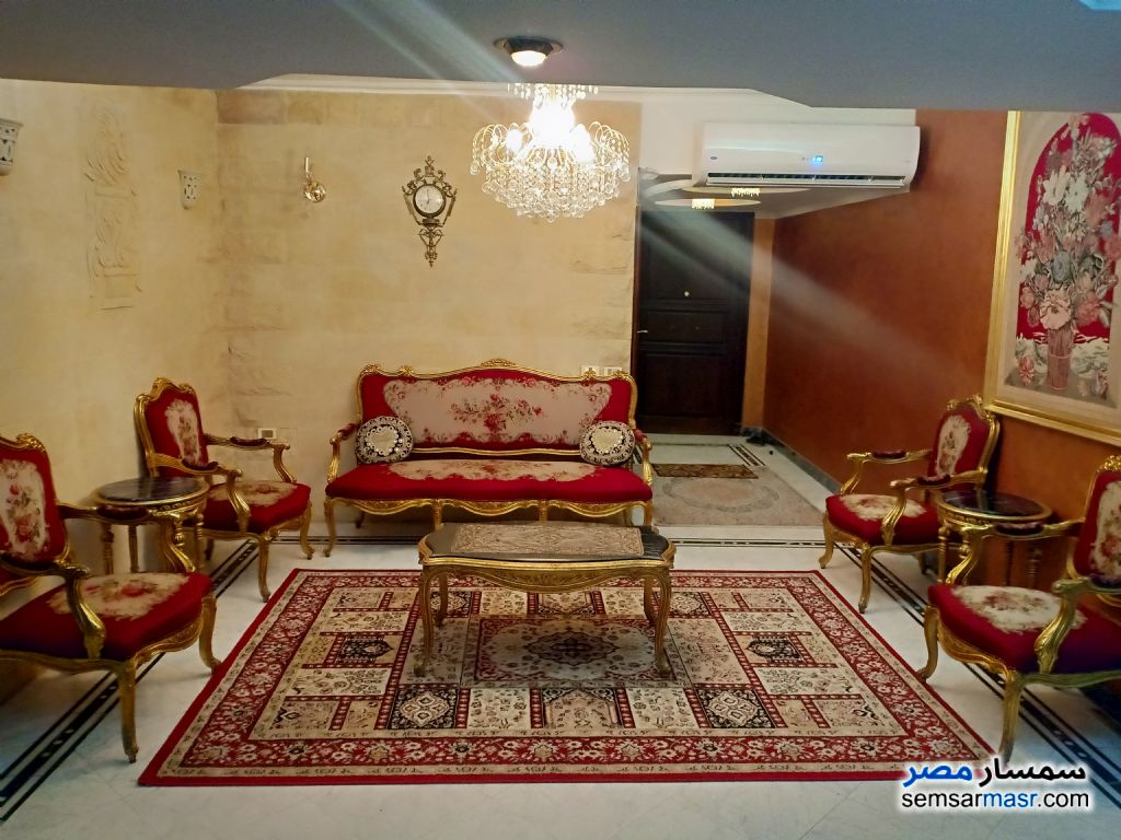 Photo 1 - Apartment 3 bedrooms 1 bath 180 sqm super lux For Rent Mohandessin Giza