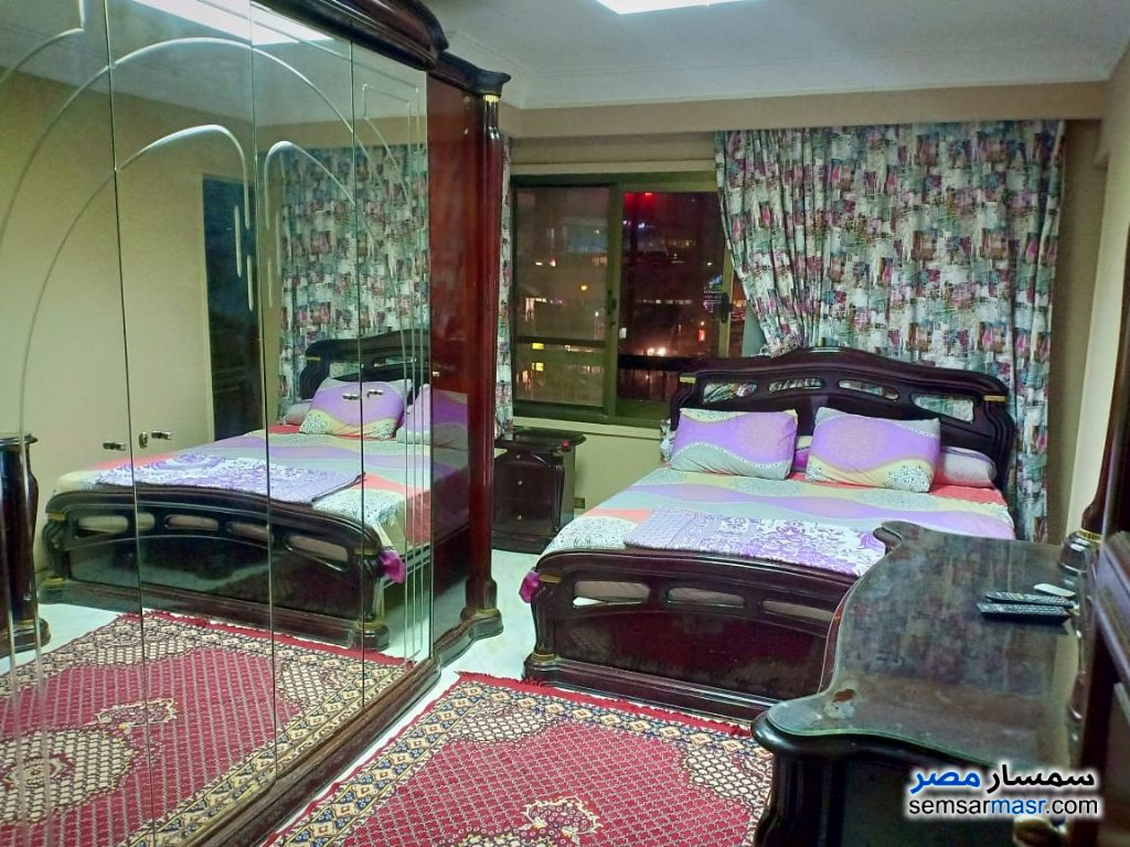 Photo 6 - Apartment 3 bedrooms 1 bath 180 sqm super lux For Rent Mohandessin Giza