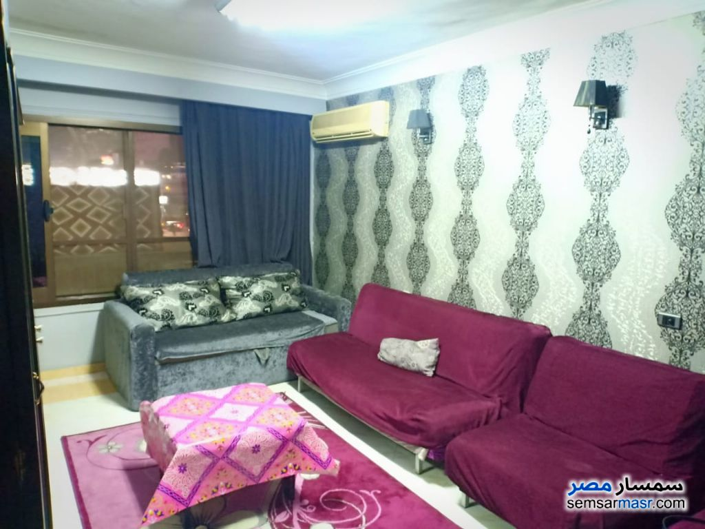 Photo 4 - Apartment 3 bedrooms 1 bath 180 sqm super lux For Rent Mohandessin Giza