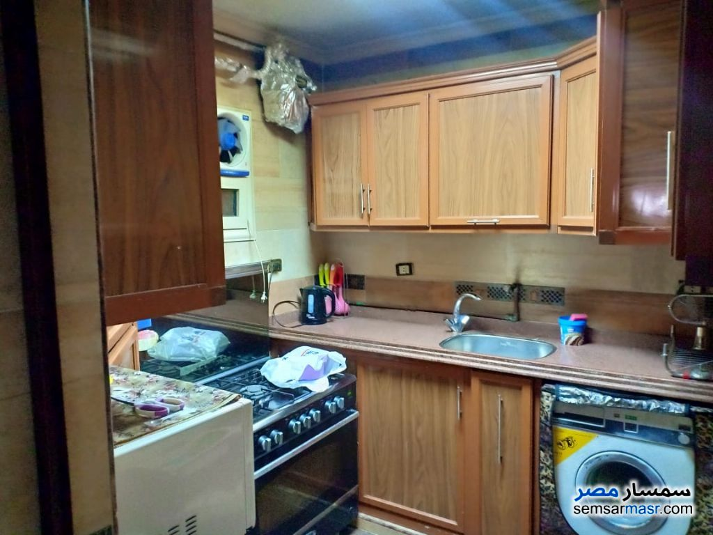 Photo 7 - Apartment 3 bedrooms 1 bath 180 sqm super lux For Rent Mohandessin Giza