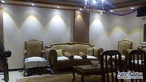 Ad Photo: Apartment 3 bedrooms 2 baths 185 sqm super lux in Ain Shams  Cairo