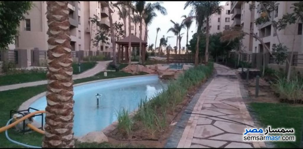 Ad Photo: Apartment 4 bedrooms 2 baths 185 sqm semi finished in Egypt