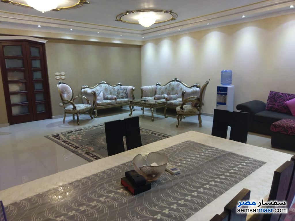Photo 16 - Apartment 3 bedrooms 2 baths 190 sqm super lux For Sale Haram Giza