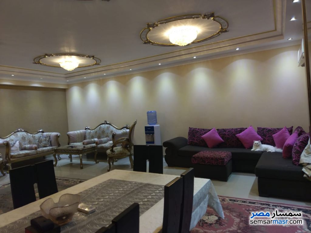 Photo 19 - Apartment 3 bedrooms 2 baths 190 sqm super lux For Sale Haram Giza