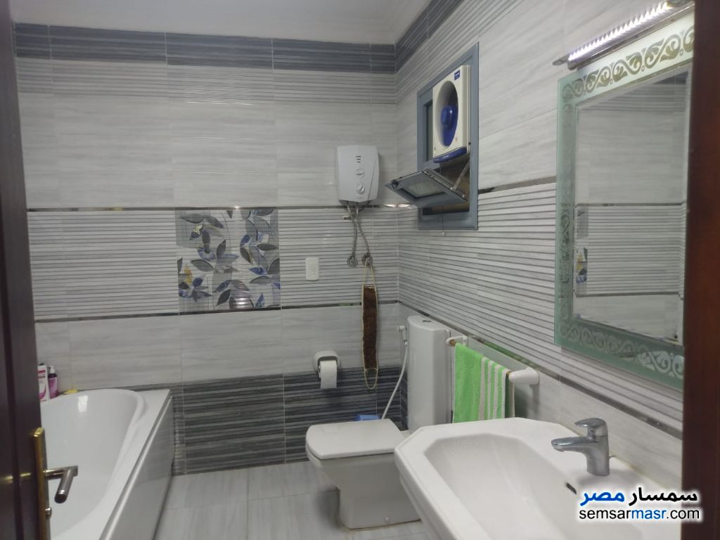 Photo 8 - Apartment 3 bedrooms 2 baths 190 sqm super lux For Sale Haram Giza