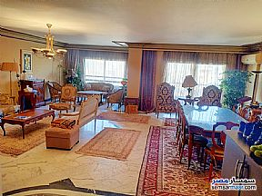 Ad Photo: Apartment 3 bedrooms 2 baths 220 sqm extra super lux in Mohandessin  Giza