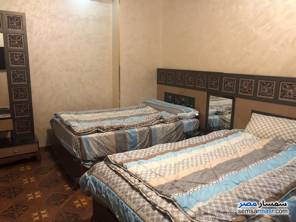 Photo 3 - Apartment 3 bedrooms 3 baths 270 sqm super lux For Rent Mohandessin Giza
