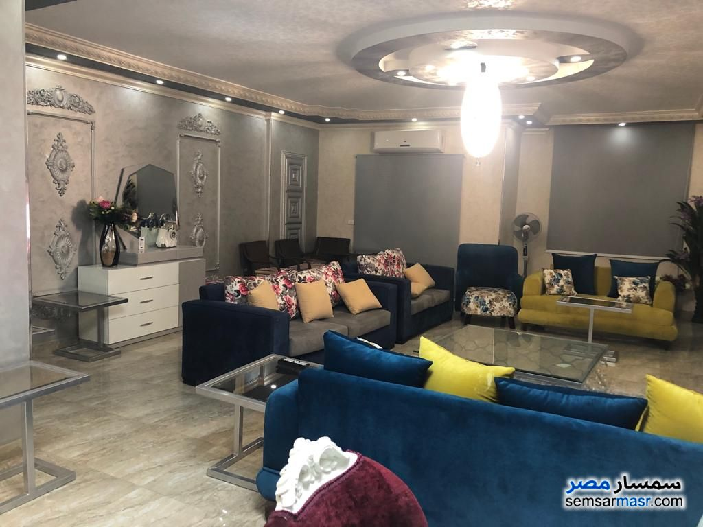 Photo 1 - Apartment 3 bedrooms 3 baths 270 sqm super lux For Rent Mohandessin Giza