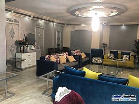 Ad Photo: Apartment 3 bedrooms 3 baths 270 sqm super lux in Mohandessin  Giza
