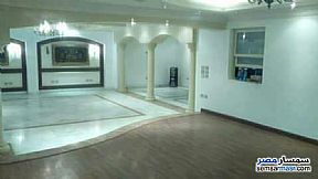 Ad Photo: Apartment 5 bedrooms 4 baths 284 sqm extra super lux in Rehab City  Cairo