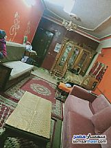 Ad Photo: Apartment 3 bedrooms 2 baths 120 sqm extra super lux in Hadayek Helwan  Cairo