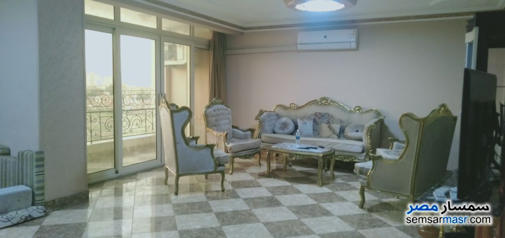 Ad Photo: Apartment 4 bedrooms 4 baths 340 sqm super lux in Pharaonic Village  Giza