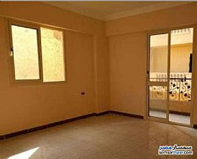 Ad Photo: Apartment 4 bedrooms 2 baths 170 sqm semi finished in October Gardens  6th of October
