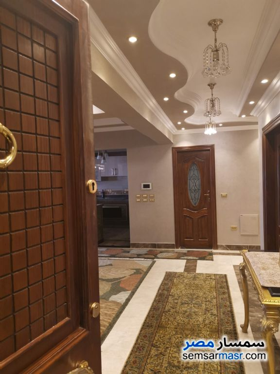 Photo 9 - Apartment 6 bedrooms 5 baths 500 sqm extra super lux For Sale Old Cairo Cairo