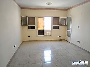 Ad Photo: Apartment 2 bedrooms 1 bath 70 sqm in Shorouk City  Cairo