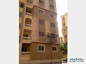 Ad Photo: Apartment 2 bedrooms 1 bath 63 sqm semi finished in October Gardens  6th of October