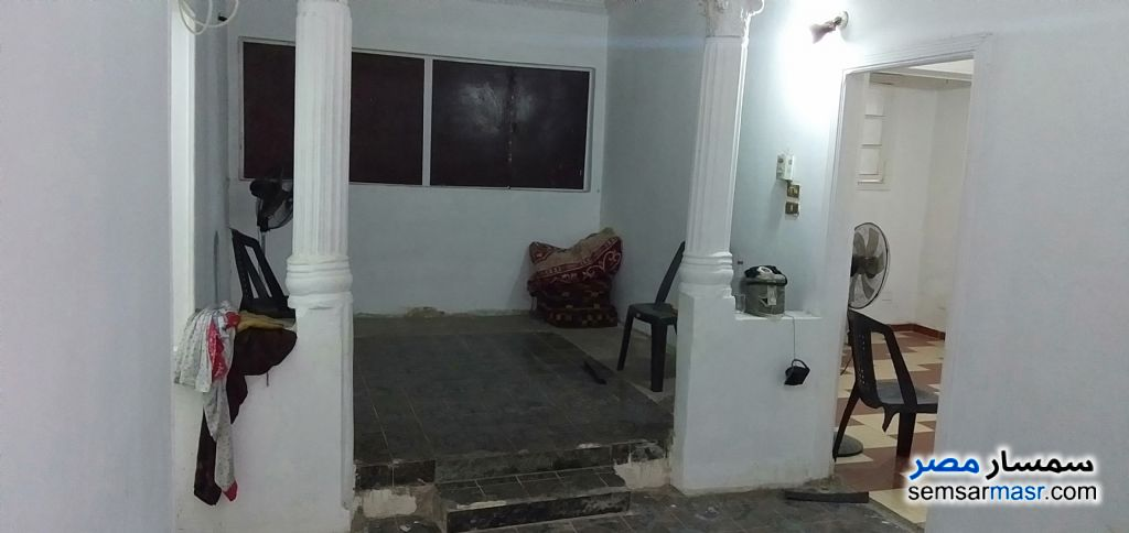 Ad Photo: Apartment 3 bedrooms 1 bath 80 sqm semi finished in Boulaq Dakrour  Giza