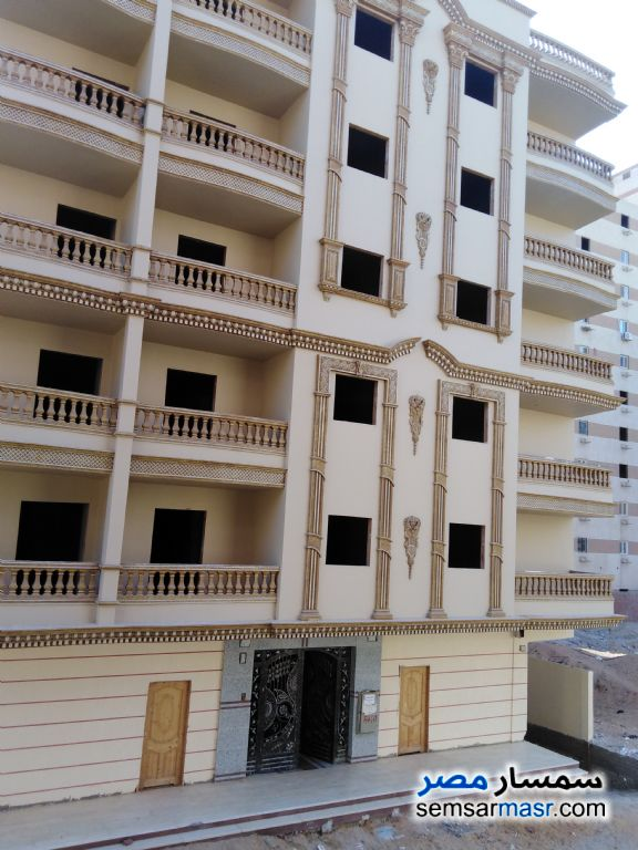 Photo 1 - Apartment 2 bedrooms 1 bath 135 sqm without finish For Sale Al Salam City Cairo