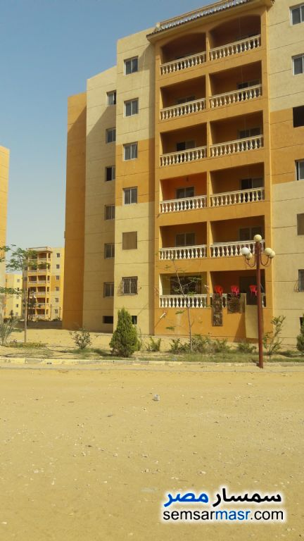 Photo 2 - Apartment 2 bedrooms 1 bath 65 sqm super lux For Sale Shorouk City Cairo