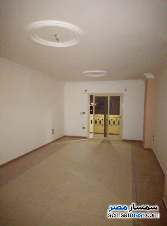 Photo 9 - Apartment 3 bedrooms 2 baths 170 sqm super lux For Rent Hadayek Al Ahram Giza