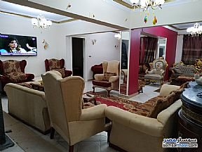 Ad Photo: Apartment 4 bedrooms 3 baths 250 sqm super lux in Tersa  Giza