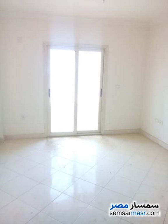Photo 1 - 2 bedrooms 1 bath 65 sqm super lux For Rent Ismailia City Ismailia