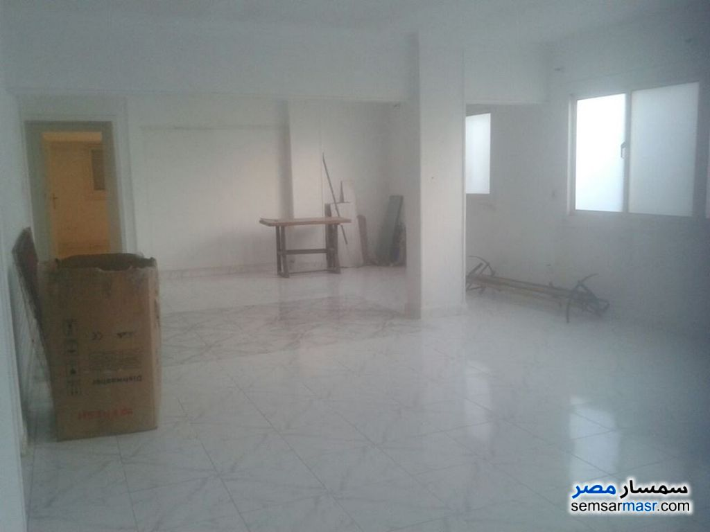 Photo 1 - 2 bedrooms 2 baths 140 sqm extra super lux For Rent Sheraton Cairo