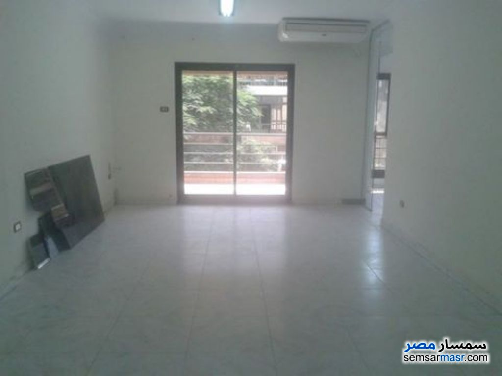Photo 2 - 3 bedrooms 2 baths 200 sqm super lux For Rent Sheraton Cairo