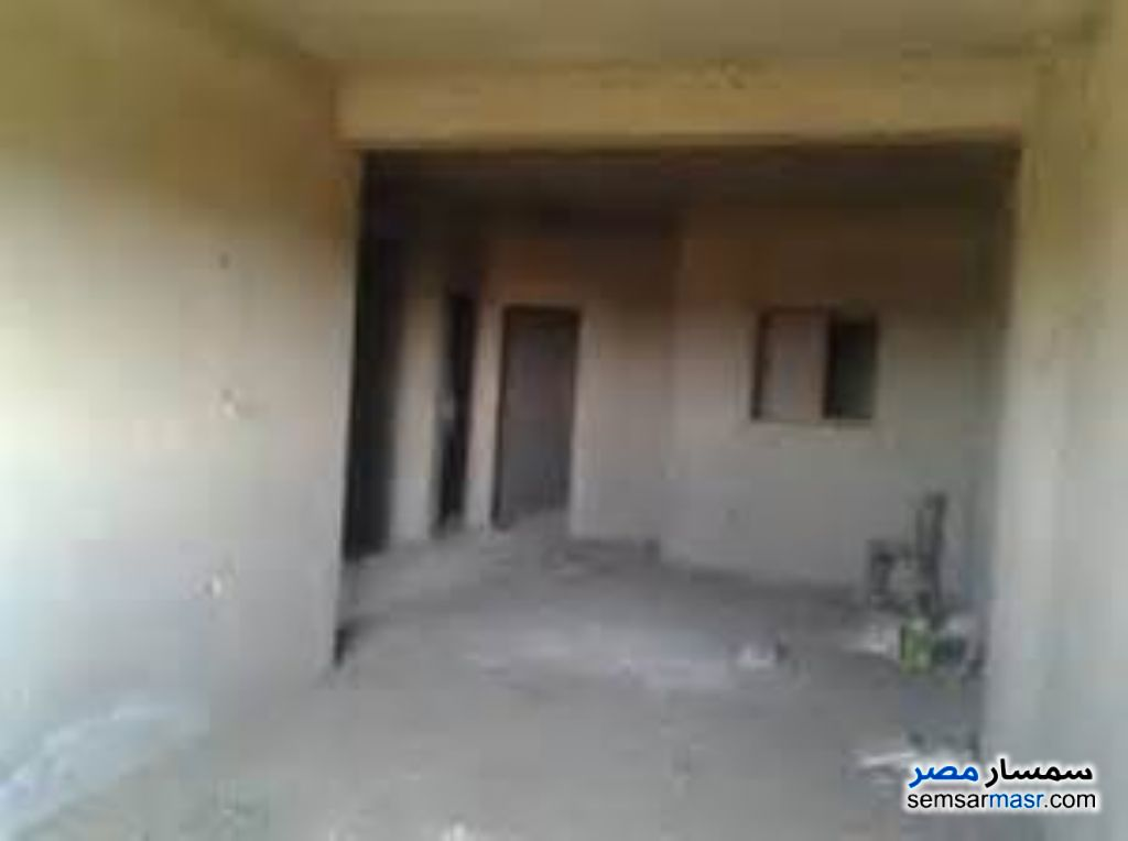 Photo 1 - 3 bedrooms 1 bath 90 sqm semi finished For Sale Ismailia City Ismailia