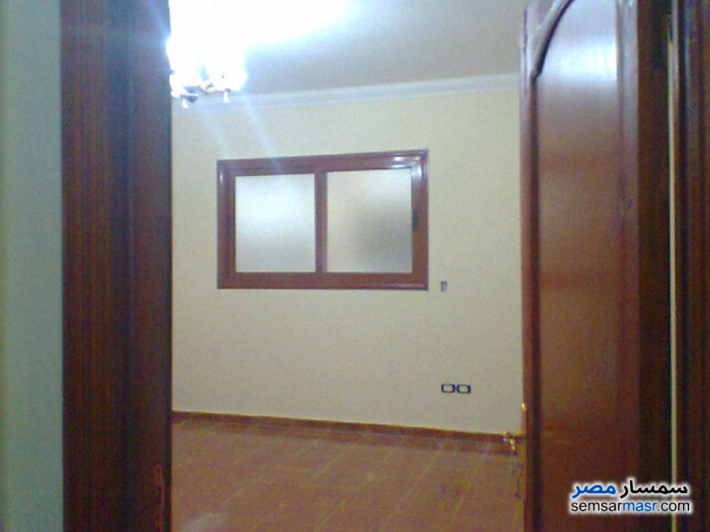 Photo 1 - 3 bedrooms 1 bath 68 sqm extra super lux For Sale Ismailia City Ismailia