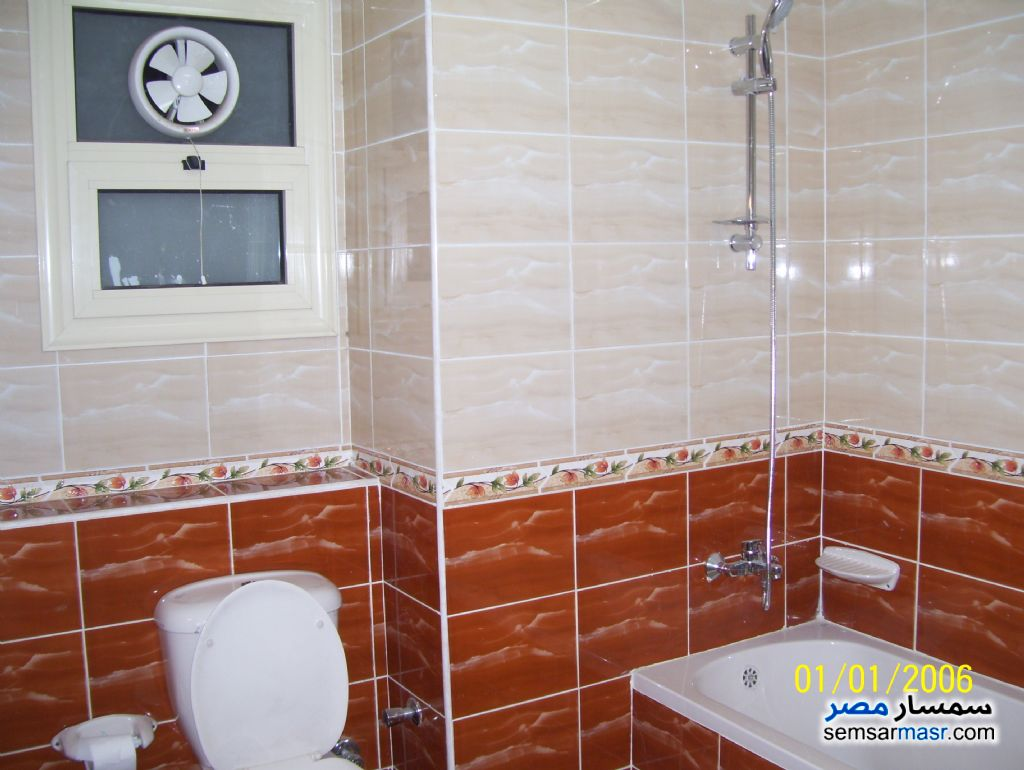 Photo 8 - Apartment 3 bedrooms 2 baths 160 sqm super lux For Rent Mohandessin Giza