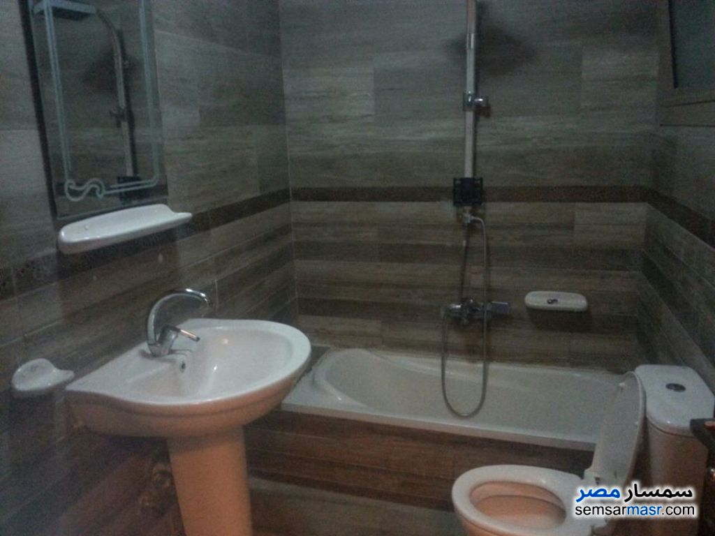 Photo 2 - Apartment 2 bedrooms 1 bath 120 sqm super lux For Rent Sheraton Cairo