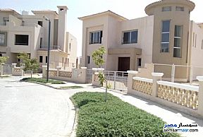 Ad Photo: Villa 5 bedrooms 4 baths 250 sqm semi finished in Sheikh Zayed  6th of October