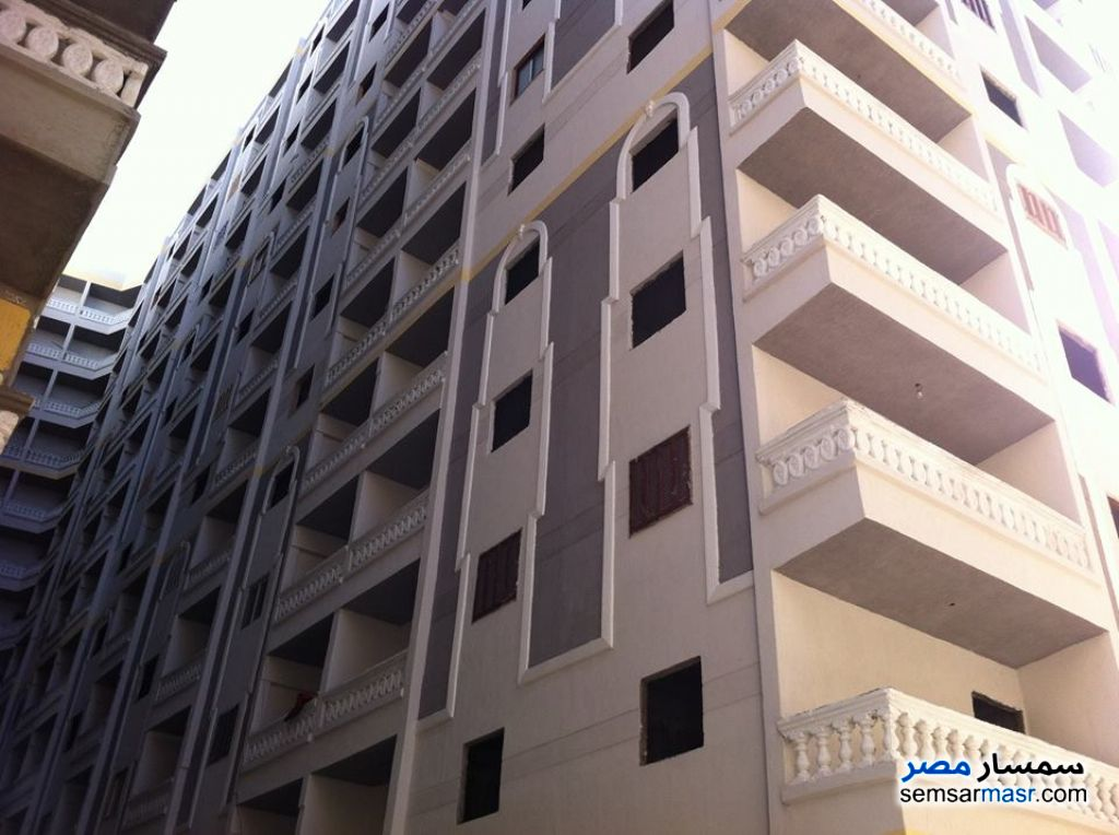 Photo 12 - Apartment 2 bedrooms 1 bath 75 sqm without finish For Sale Agami Alexandira