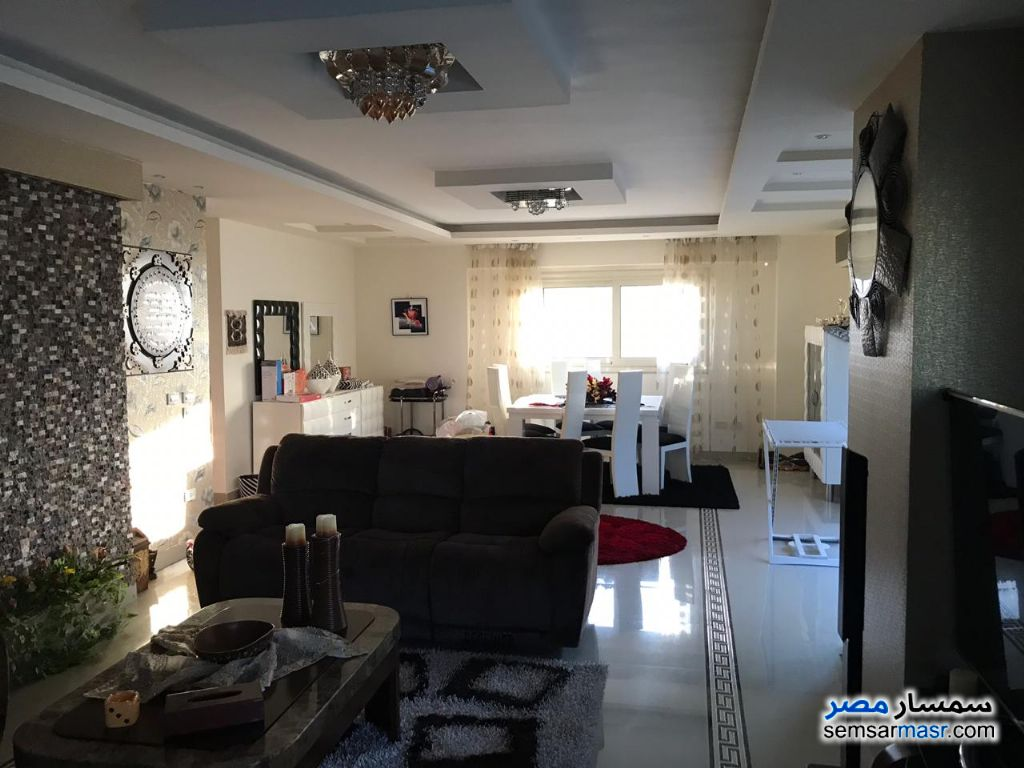 Photo 5 - Apartment 3 bedrooms 3 baths 300 sqm extra super lux For Sale Saba Pasha Alexandira