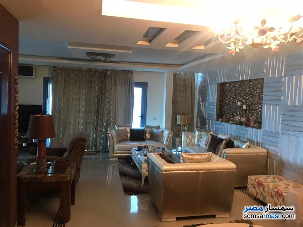 Photo 4 - Apartment 3 bedrooms 3 baths 300 sqm extra super lux For Sale Saba Pasha Alexandira