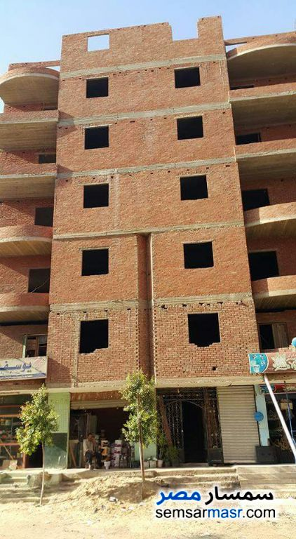 Photo 2 - Building 322 sqm without finish For Sale halwan Cairo