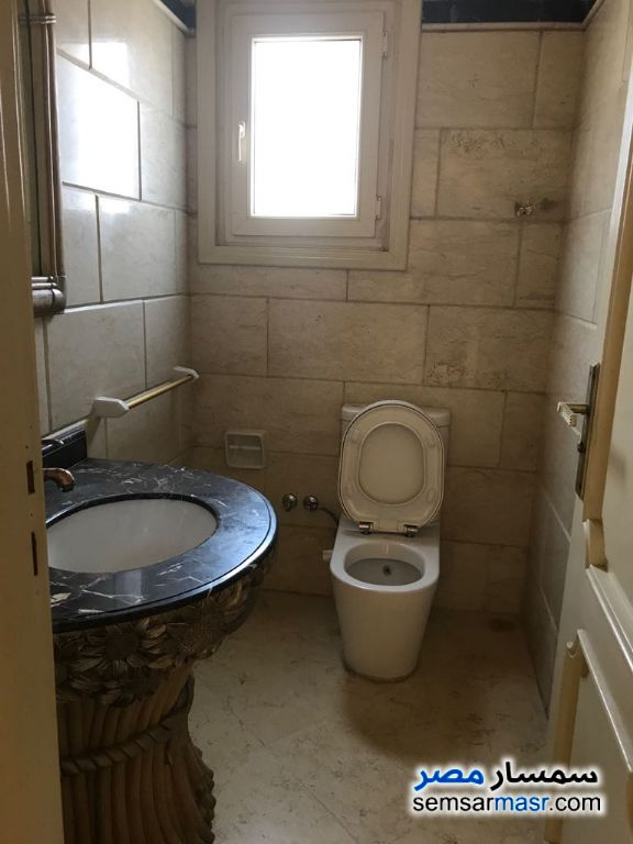 Photo 5 - Apartment 3 bedrooms 3 baths 300 sqm extra super lux For Sale Fifth Settlement Cairo