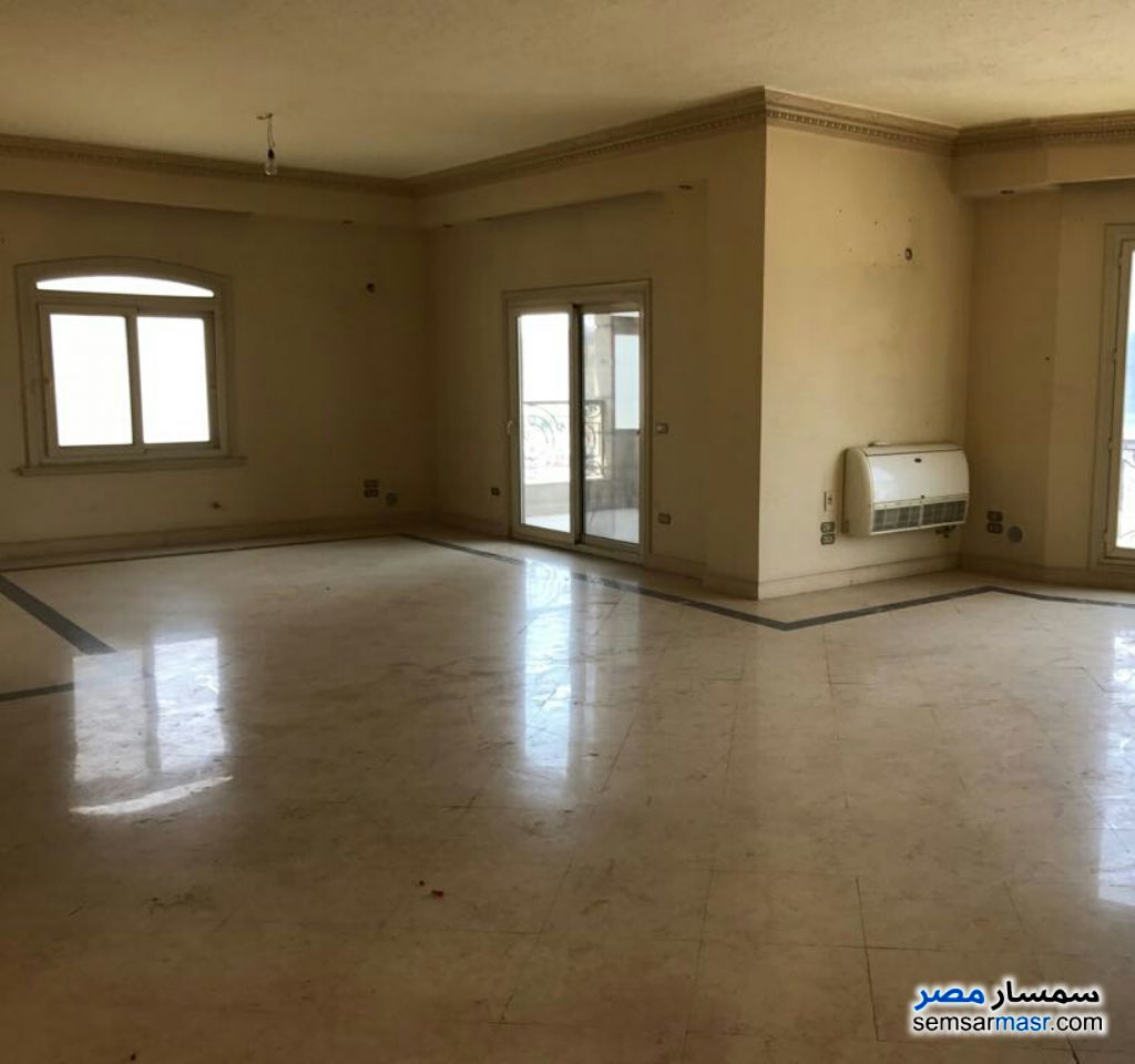 Photo 3 - Apartment 3 bedrooms 3 baths 300 sqm extra super lux For Sale Fifth Settlement Cairo