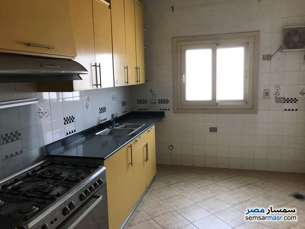Photo 4 - Apartment 3 bedrooms 3 baths 300 sqm extra super lux For Sale Fifth Settlement Cairo