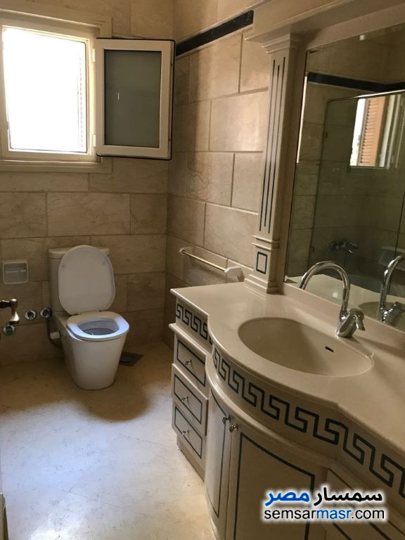 Photo 7 - Apartment 3 bedrooms 3 baths 300 sqm extra super lux For Sale Fifth Settlement Cairo