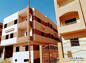 Ad Photo: Building 260 sqm semi finished in Shorouk City  Cairo
